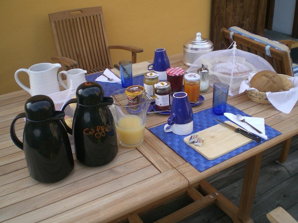 La colazione di B&B SAN BERNARDO