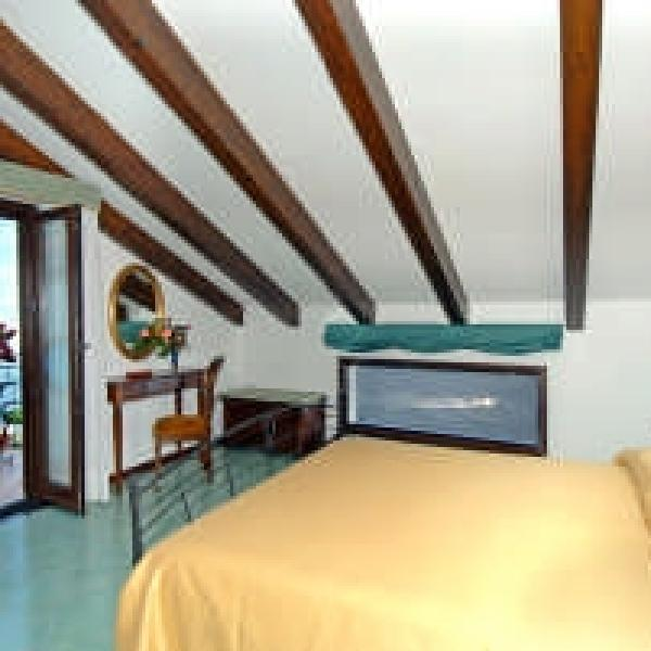 roccia fiorita bed and breakfast