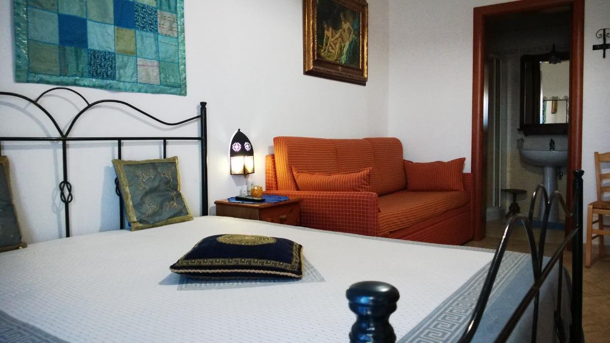 camera tripla con balconcino 2