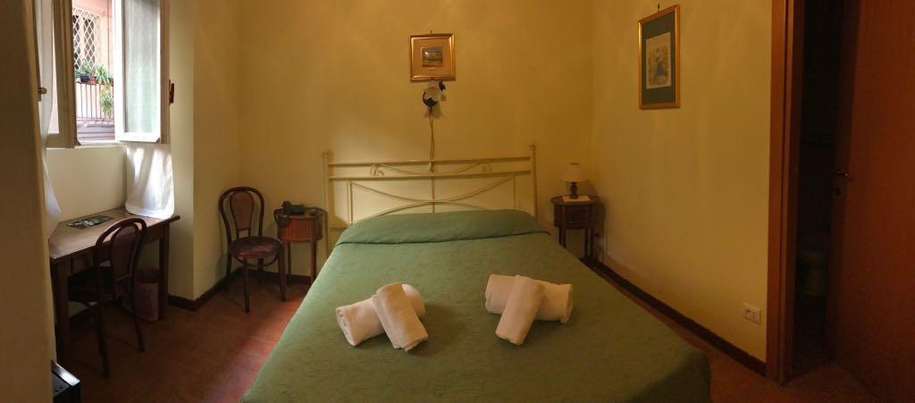 Camera Singola 3