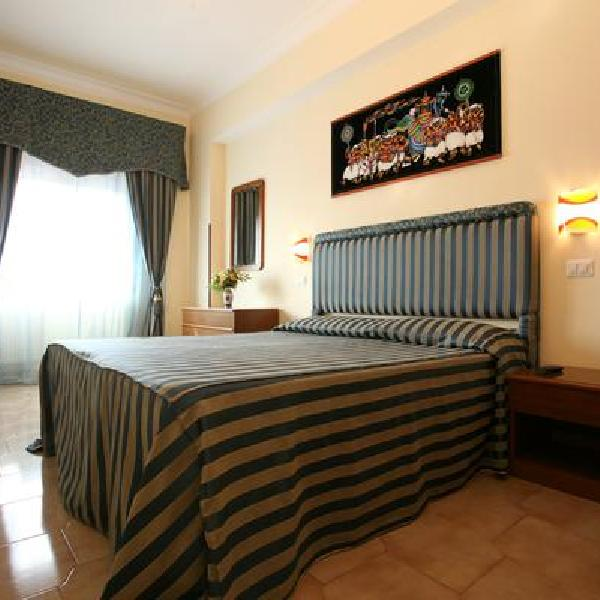 tiburtina guest house