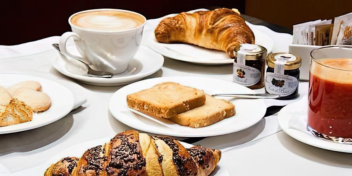La colazione di MEDUSA MDNA RESIDENCE