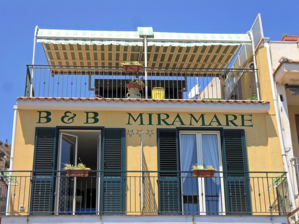 B&b miramare *** giardini naxos