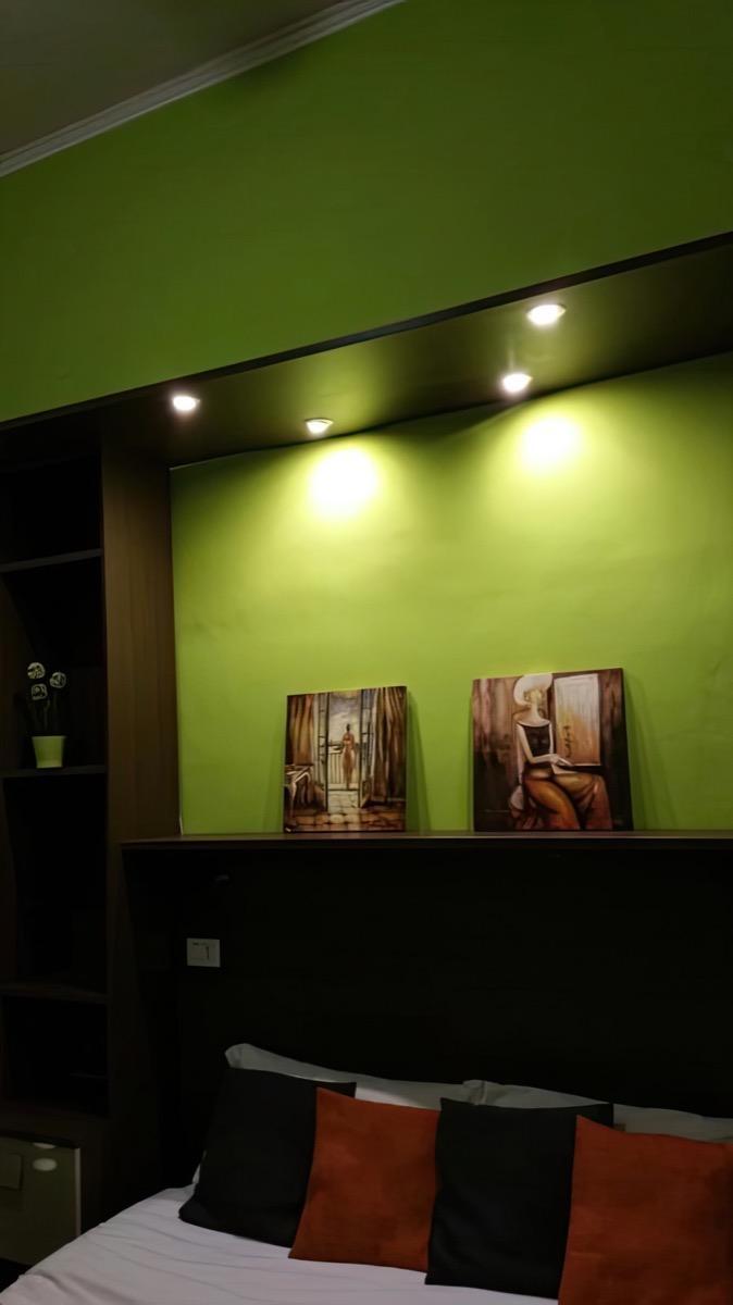 Camera Tripla E