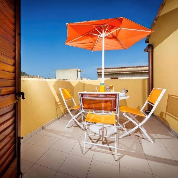 mareluna residence