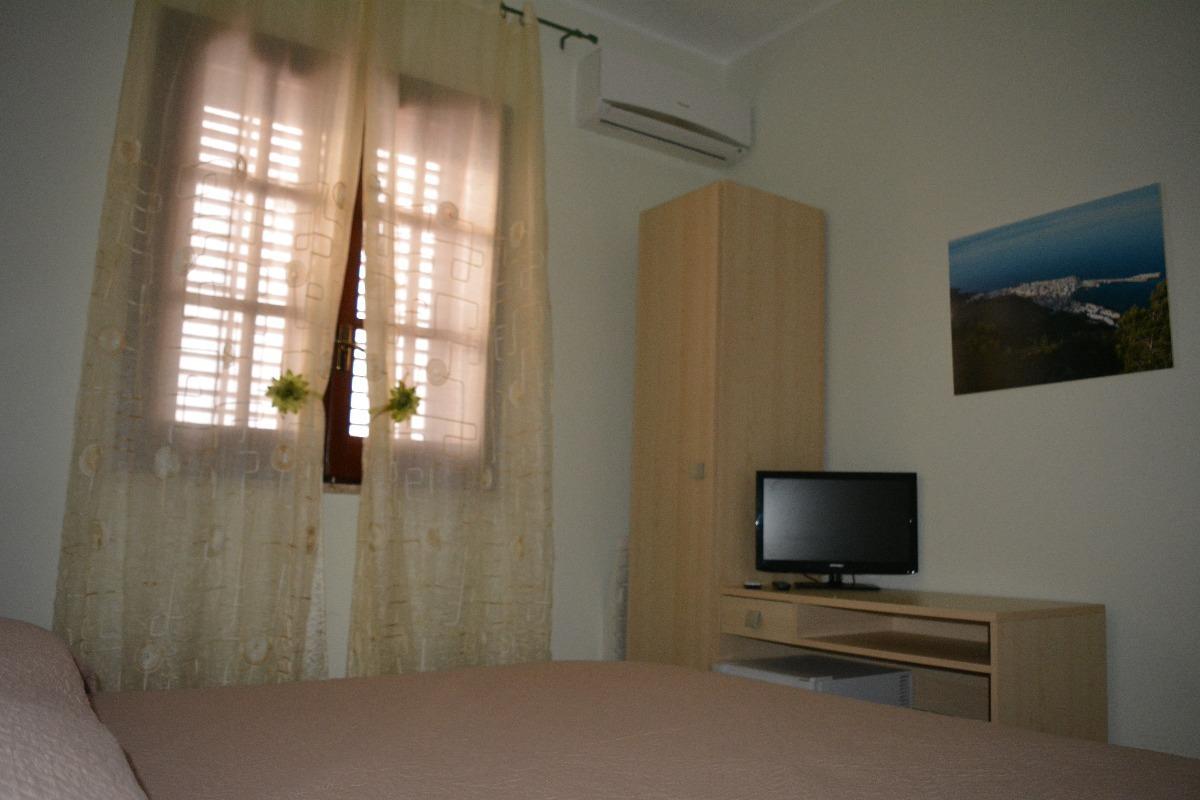 camera30190