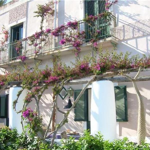 Casa Monti - De Luca