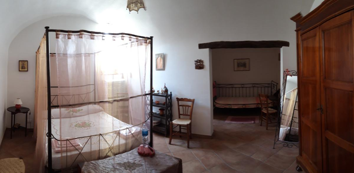 camera11025