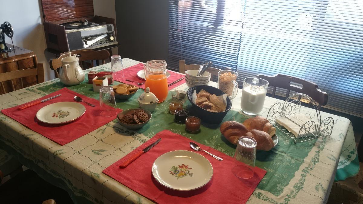 La colazione di B&B VIA NAZIONALE