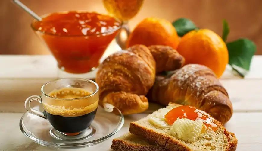 La colazione di AI DUE SANTI