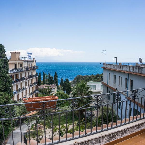 villa moschella