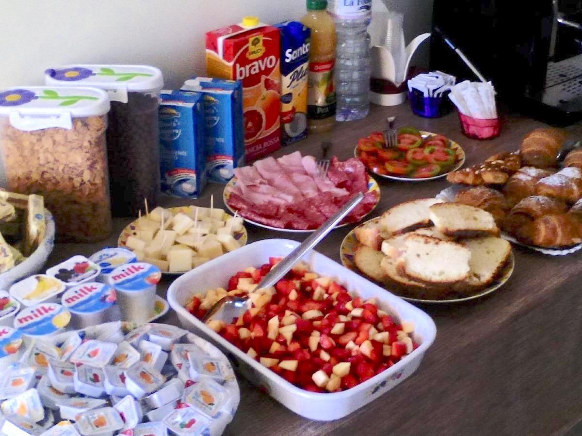 La colazione di ISOLE DELLO STAGNONE