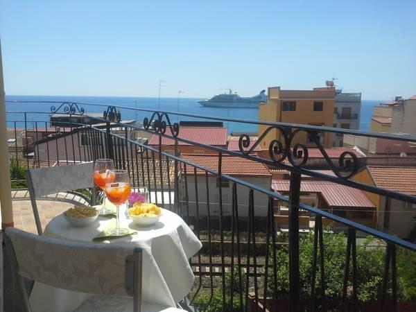 Alfio 39 s casa vacanze giardini naxos - Casa vacanze giardini naxos ...