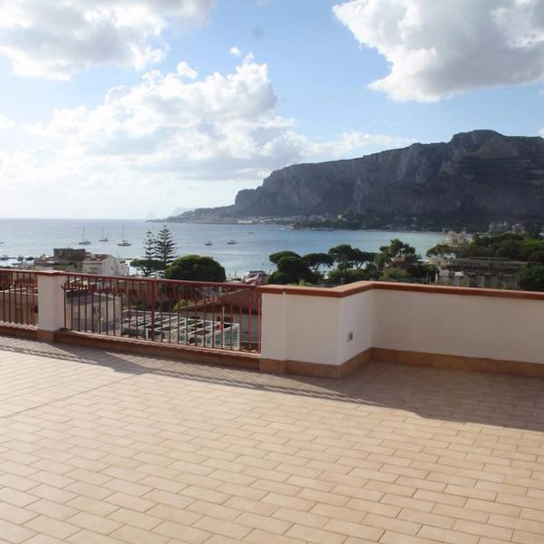 villa nice mondello