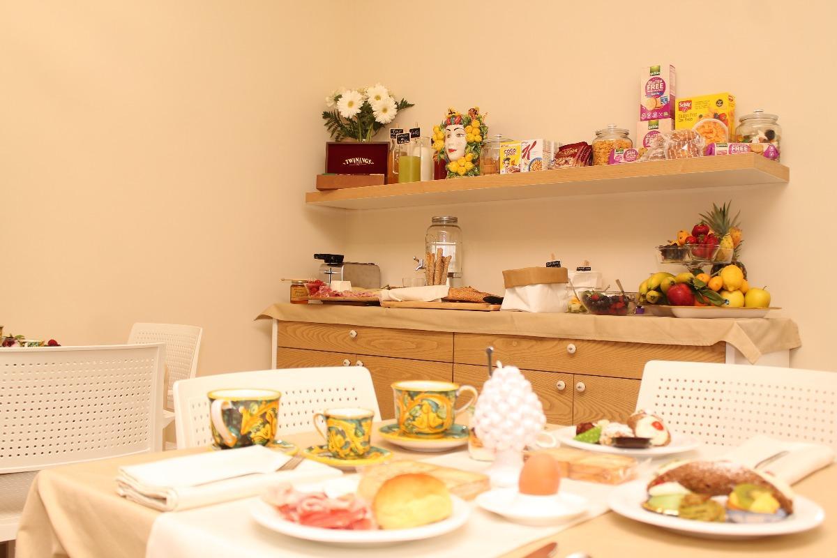 La colazione di VILLA SECE - LUXURY ROOMS