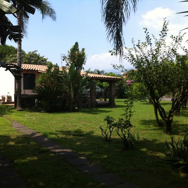 villa andrea - garden by the beach