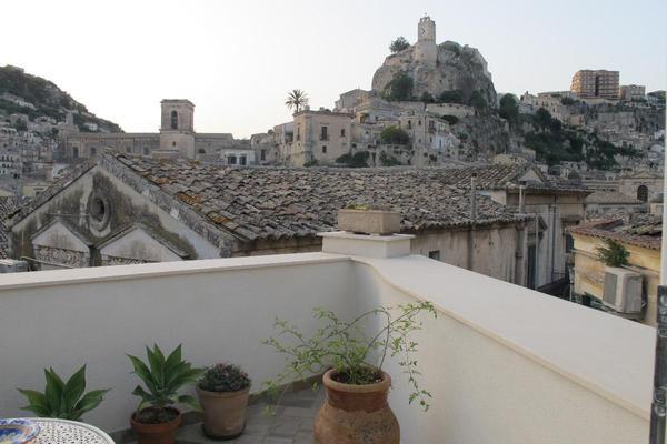 Prua al Castello