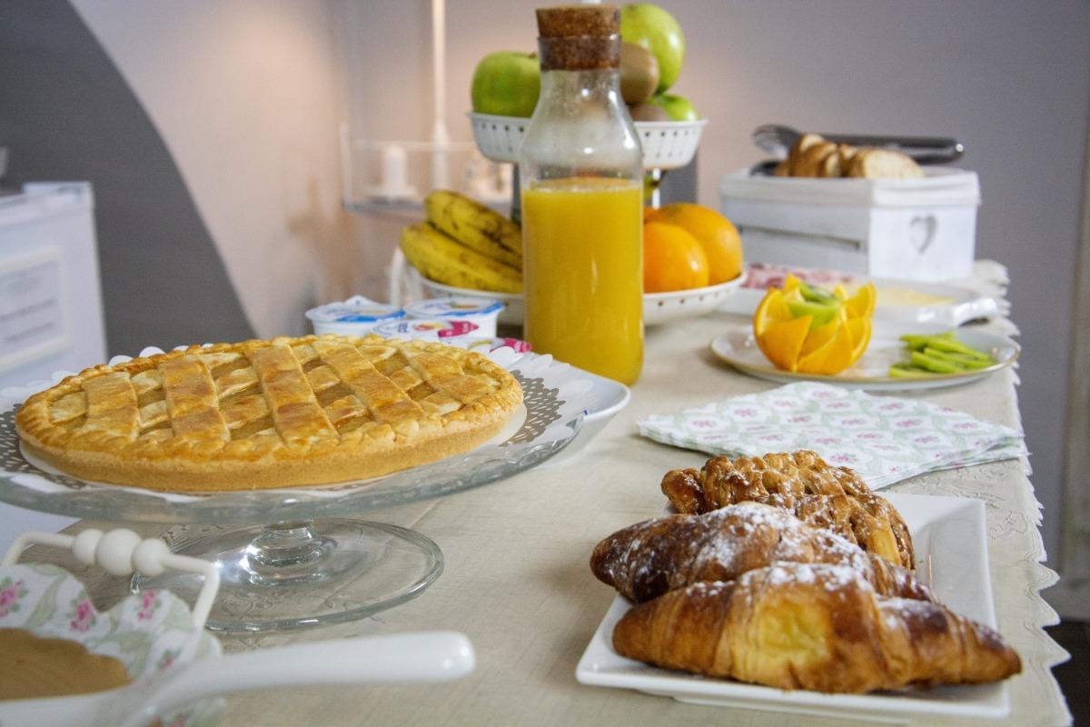 La colazione di LA CASA DI ALMA B&B LUXURY ROOMS