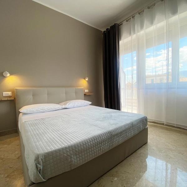 leone suite b&b