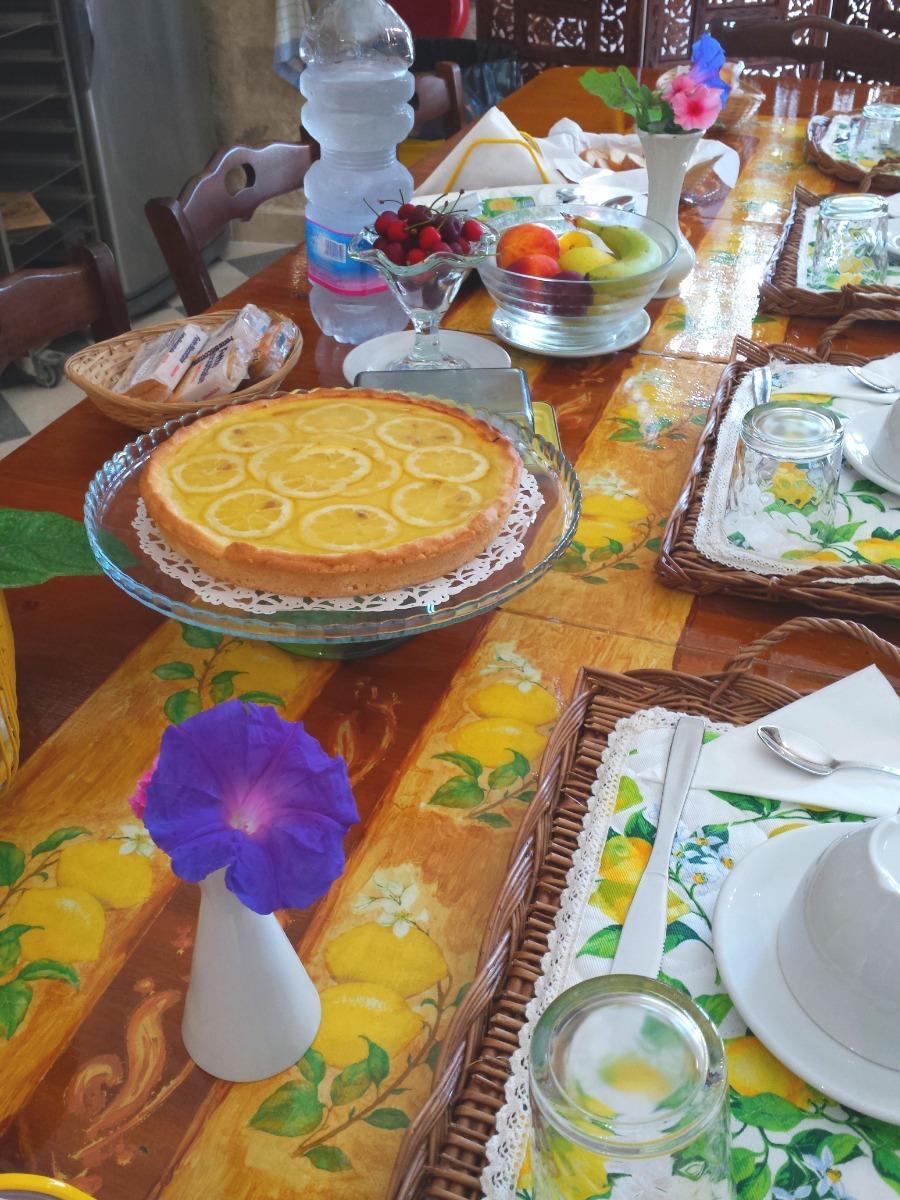 La colazione di AL GIARDINO DEI LIMONI