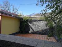 Camera tripla con patio