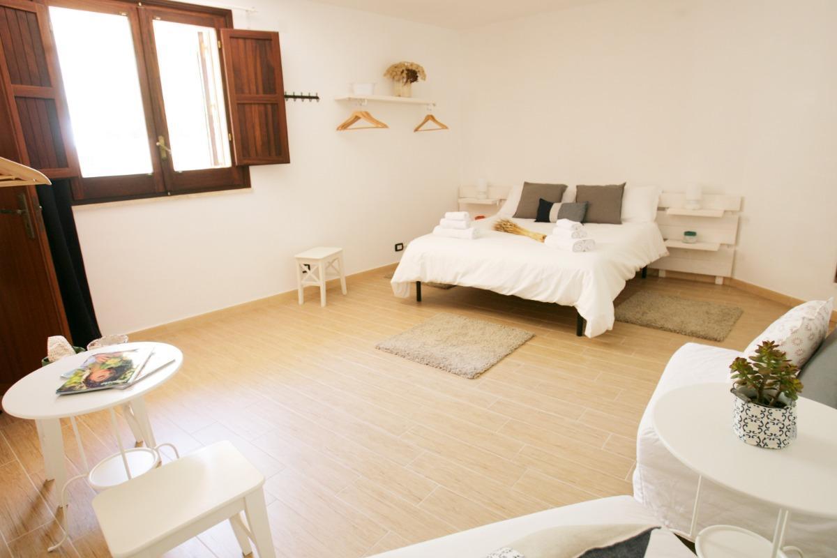 Camera Porta Trapani