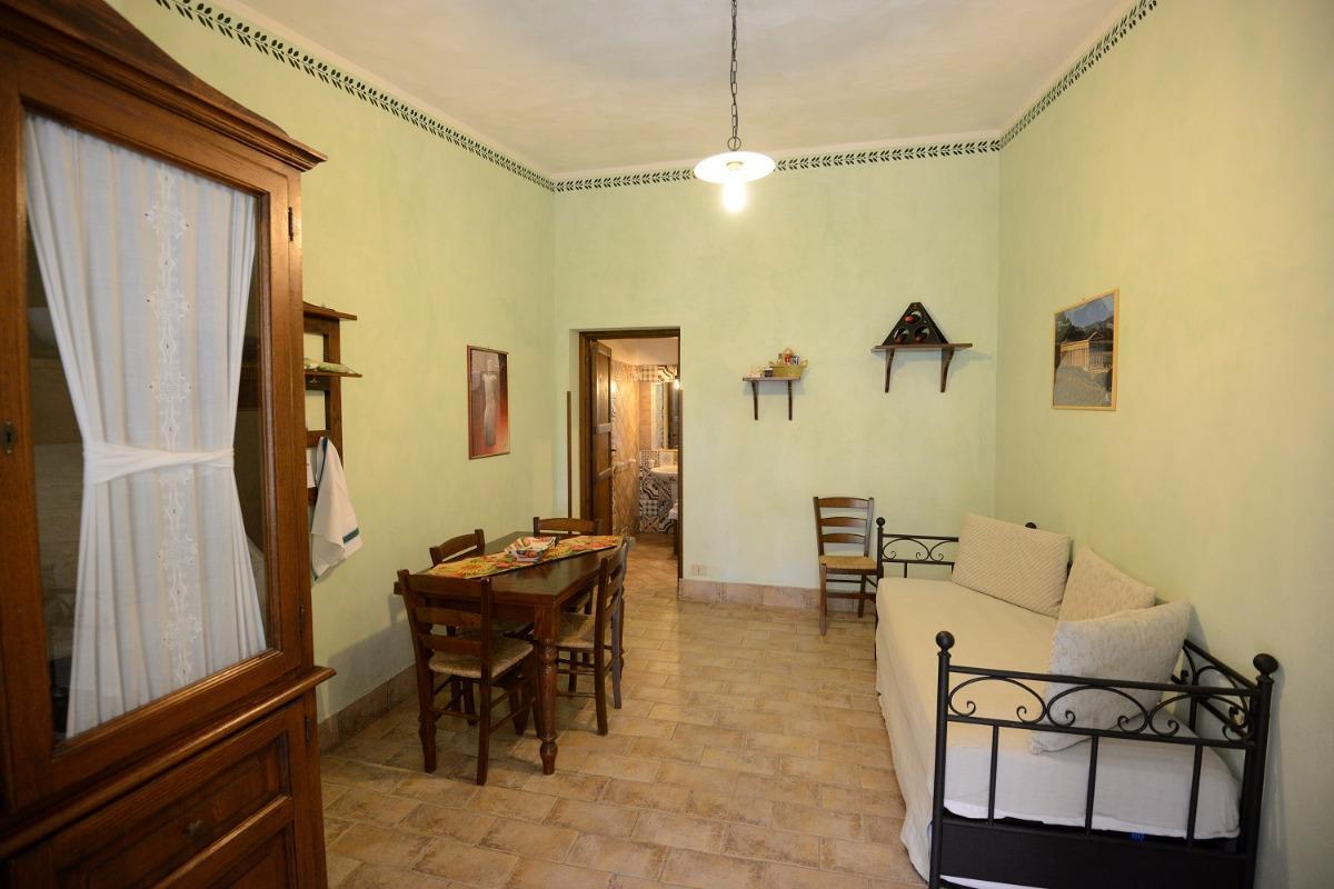 Appartamento con terrazza 3