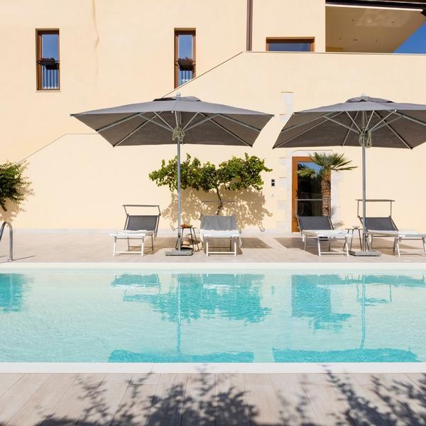 atem villa sicily spa & pool