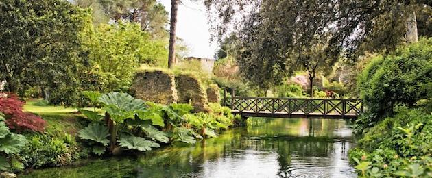 Riapre il giardino più bello d'Italia: il Giardino di Ninfa. La visita si prenota on line