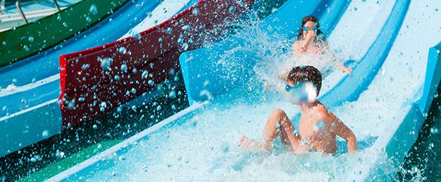 Parchi acquatici in Italia: 5 idee per un weekend all'insegna del divertimento