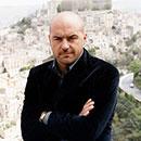 Montalbano torna in tv con due nuove puntate. Protagonisti degli episodi: il dramma dei migranti e i luoghi del Ragusano