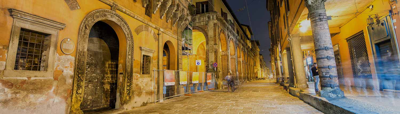 Bologna - Panorama di notte