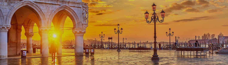 Venezia - Alba in Piazza San Marco