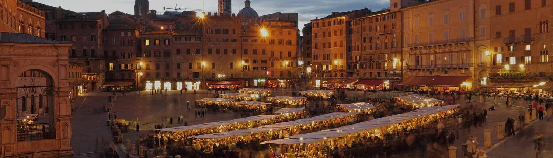 Siena - Mercato in Piazza del Campo