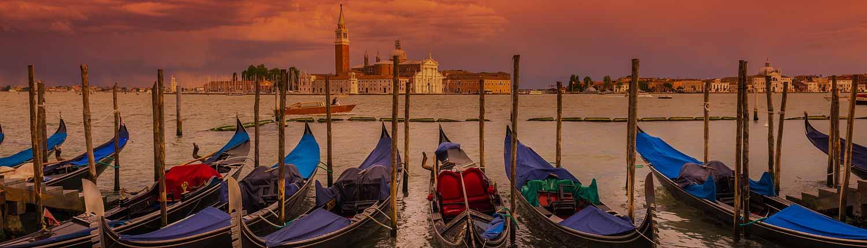 Venezia - Gondole a San Marco